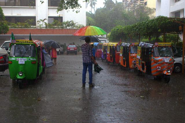 mumbai xpress general silliness